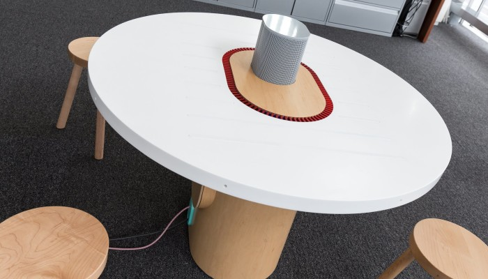 'Listening' tables at meetings of the future